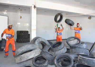 Nova Iguaçu garante descarte correto de pneus velhos