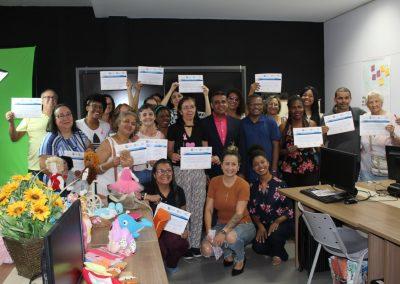 Nova Iguaçu capacita artesãos em Marketing Digital