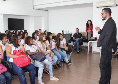 Projeto Escola de Cidadania leva estudantes à PGM