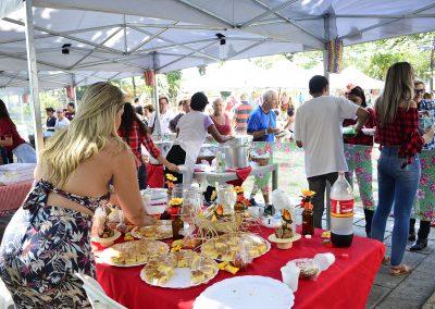 Muita música e comida típica no tradicional Arraiá do PREVINI
