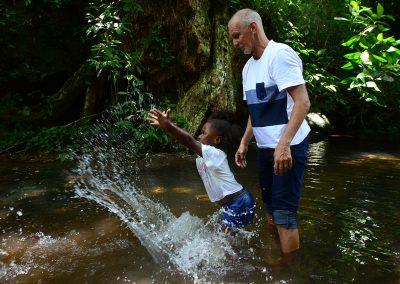 """Projeto """"Parque Para Todos"""" leva crianças de CAPSI ao Parque Natural em Nova Iguaçu"""