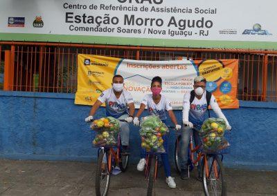 Prefeitura de Nova Iguaçu entrega mais 300 cestas de alimentos para famílias dos programas PIPAS e Mamãe Presente