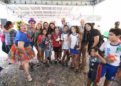 'Matinê Encantada' diverte criançada de Nova Iguaçu