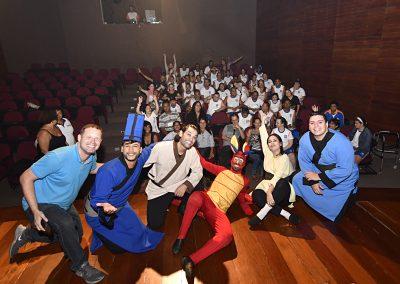 Alunos do CAIESP se emocionam com peça teatral em Nova Iguaçu