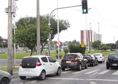 Mudança no trânsito da Via Light vai ajudar a diminuir engarrafamento no Centro de Nova Iguaçu