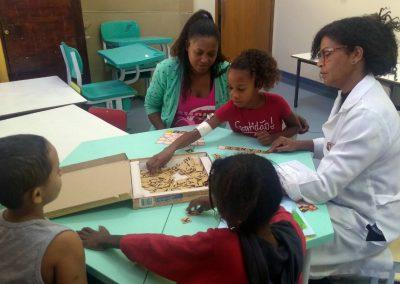 Crianças internadas no HGNI mantém rotina de estudos
