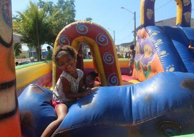 Criançada de Campo Belo vai às ruas e se diverte no Mês do Brincar