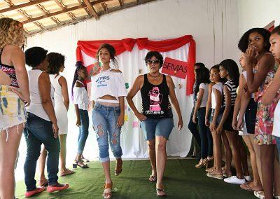 Oficinas de modelo e manequim nos Cras de Nova Iguaçu