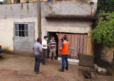 Prefeitura de Nova Iguaçu oferece assistência aos moradores de Tinguá afetados por temporal desta terça-feira (22)