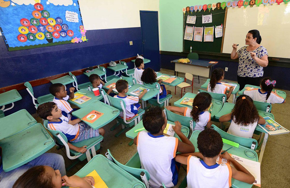 Secretaria de Educação divulga novo cronograma do processo para contratação de professores
